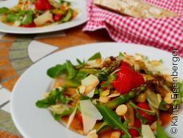 Salat & glutenfreies Gebäck